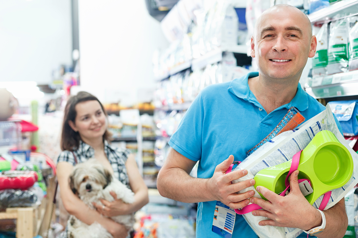 What's Buzzing in the Pet Retail Business?